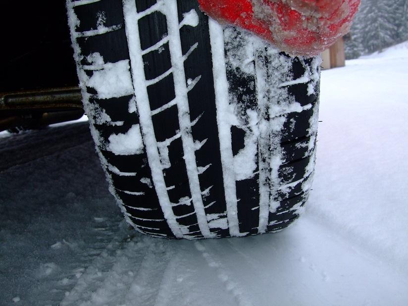 Summer tyres in snow